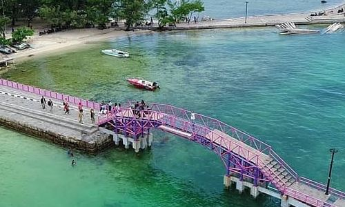 jembatan cinta pulau tidung Daftar Sekolah di Kepulauan Seribu yang Bagus